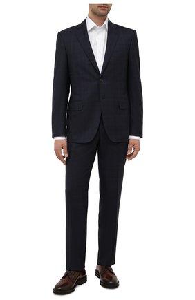 Мужская хлопковая сорочка CANALI белого цвета, арт. N705/GR02333 | Фото 2 (Длина (для топов): Стандартные; Материал внешний: Хлопок; Стили: Классический; Рубашки М: Slim Fit; Рукава: Длинные; Манжеты: На пуговицах; Принт: Однотонные; Воротник: Акула; Случай: Формальный)