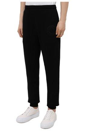 Мужские хлопковые джоггеры BURBERRY черного цвета, арт. 8042235 | Фото 3 (Мужское Кросс-КТ: Брюки-трикотаж; Длина (брюки, джинсы): Стандартные; Материал внешний: Хлопок; Стили: Спорт-шик; Силуэт М (брюки): Джоггеры)