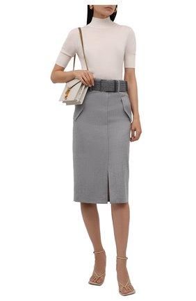 Женская шерстяная юбка BRUNELLO CUCINELLI светло-серого цвета, арт. ME226G3147   Фото 2 (Материал внешний: Шерсть; Длина Ж (юбки, платья, шорты): Миди; Женское Кросс-КТ: Юбка-одежда; Стили: Кэжуэл; Материал подклада: Синтетический материал)