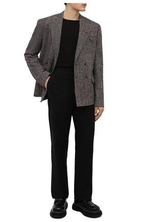 Мужские хлопковые брюки BOTTEGA VENETA черного цвета, арт. 666392/V0KF0 | Фото 2 (Длина (брюки, джинсы): Стандартные; Случай: Повседневный; Материал внешний: Хлопок; Стили: Кэжуэл)