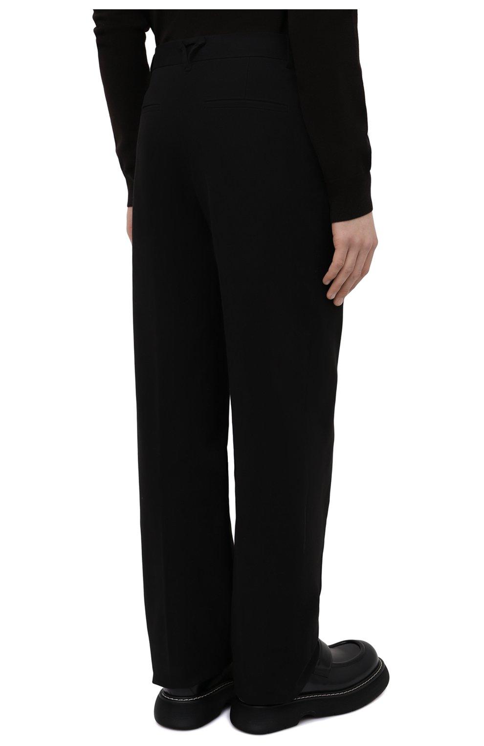 Мужские хлопковые брюки BOTTEGA VENETA черного цвета, арт. 666392/V0KF0 | Фото 4 (Длина (брюки, джинсы): Стандартные; Случай: Повседневный; Материал внешний: Хлопок; Стили: Кэжуэл)