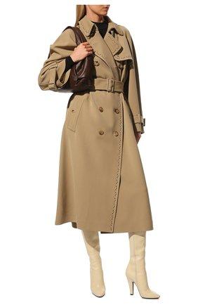 Женские кожаные сапоги 68 SAINT LAURENT кремвого цвета, арт. 657922/2W700 | Фото 2 (Материал внутренний: Натуральная кожа; Каблук тип: Устойчивый; Подошва: Плоская; Высота голенища: Средние; Каблук высота: Высокий)