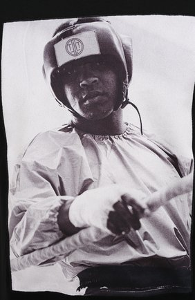 Мужская хлопковая футболка LIMITATO черного цвета, арт. EVER LAST/T-SHIRT | Фото 5 (Рукава: Короткие; Длина (для топов): Стандартные; Стили: Гранж; Принт: С принтом; Материал внешний: Хлопок)