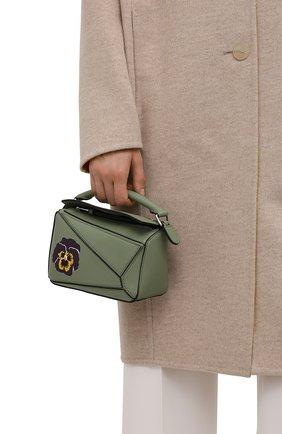 Женская сумка puzzle mini LOEWE зеленого цвета, арт. A510U95X35   Фото 2 (Ремень/цепочка: На ремешке; Сумки-технические: Сумки top-handle, Сумки через плечо; Размер: mini; Материал: Натуральная кожа)