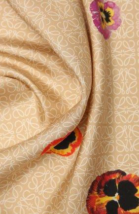 Женский шелковый платок LOEWE бежевого цвета, арт. F811487X16 | Фото 2
