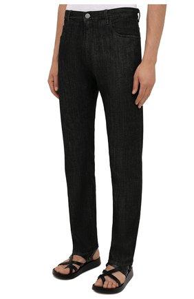 Мужские джинсы GIORGIO ARMANI черного цвета, арт. 6KSJ15/SD1AZ | Фото 3 (Силуэт М (брюки): Прямые; Кросс-КТ: Деним; Длина (брюки, джинсы): Стандартные; Материал внешний: Хлопок; Стили: Кэжуэл)