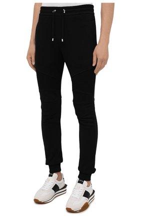Мужские хлопковые джоггеры BALMAIN черного цвета, арт. WH10B000/B115   Фото 3 (Мужское Кросс-КТ: Брюки-трикотаж; Длина (брюки, джинсы): Стандартные; Материал внешний: Хлопок; Стили: Спорт-шик; Силуэт М (брюки): Джоггеры)