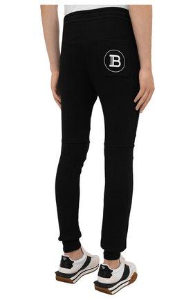 Мужские хлопковые джоггеры BALMAIN черного цвета, арт. WH10B000/B115   Фото 4 (Мужское Кросс-КТ: Брюки-трикотаж; Длина (брюки, джинсы): Стандартные; Материал внешний: Хлопок; Стили: Спорт-шик; Силуэт М (брюки): Джоггеры)