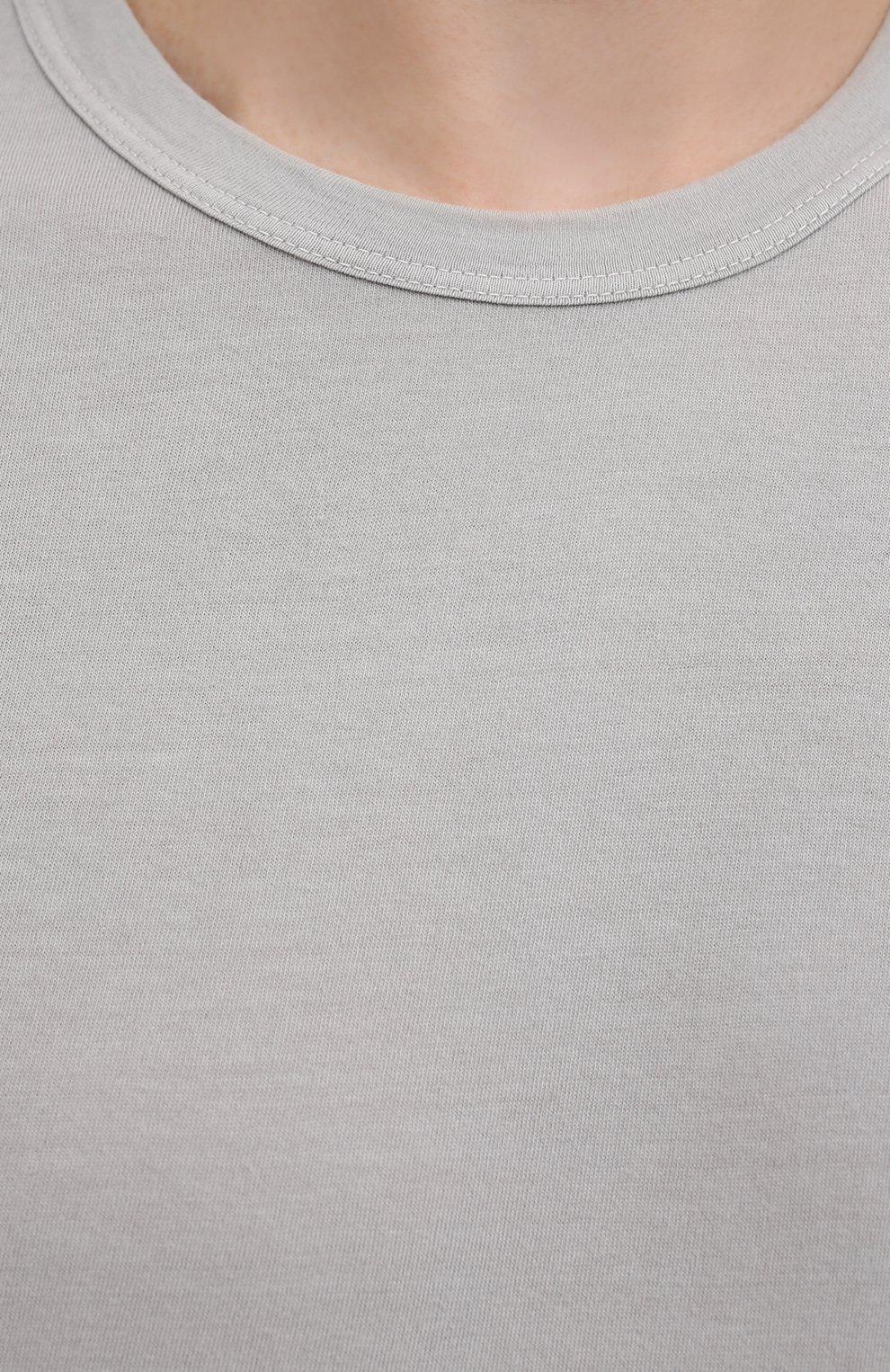 Мужская хлопковый лонгслив JAMES PERSE серого цвета, арт. MLJ3351 | Фото 5 (Рукава: Длинные; Принт: Без принта; Длина (для топов): Стандартные; Материал внешний: Хлопок; Стили: Минимализм)