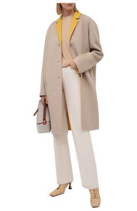 Женское пальто из шерсти и кашемира LOEWE бежевого цвета, арт. S359336XCS | Фото 2 (Материал внешний: Шерсть; Рукава: Длинные; Длина (верхняя одежда): До колена; 1-2-бортные: Однобортные; Стили: Гламурный)