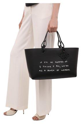 Женский сумка-тоут east west LOEWE черного цвета, арт. A717P29X04 | Фото 2