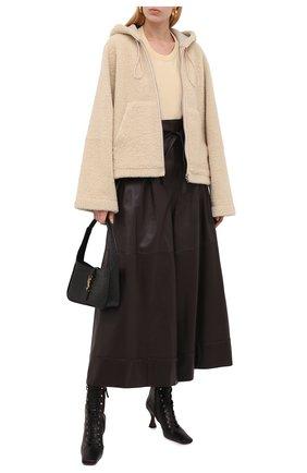 Женская меховая куртка LOEWE кремвого цвета, арт. S359330XBQ | Фото 2 (Материал внешний: Натуральный мех; Длина (верхняя одежда): Короткие; Рукава: Длинные; Стили: Спорт-шик; Кросс-КТ: Куртка; Женское Кросс-КТ: Мех)