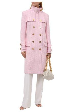 Женское шерстяное пальто BALMAIN светло-розового цвета, арт. WF1UC000/W134   Фото 2 (Материал подклада: Вискоза; Рукава: Длинные; Материал внешний: Шерсть; Длина (верхняя одежда): До колена; Стили: Романтичный; 1-2-бортные: Двубортные)