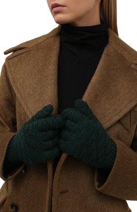Женские шерстяные перчатки BOTTEGA VENETA темно-зеленого цвета, арт. 670159/V10K0 | Фото 2 (Материал: Шерсть)