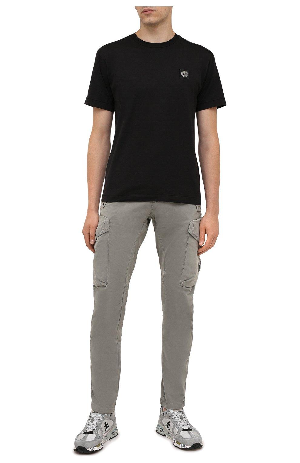 Мужская хлопковая футболка STONE ISLAND черного цвета, арт. 751524113 | Фото 2 (Принт: Без принта; Рукава: Короткие; Длина (для топов): Стандартные; Материал внешний: Хлопок; Стили: Кэжуэл)