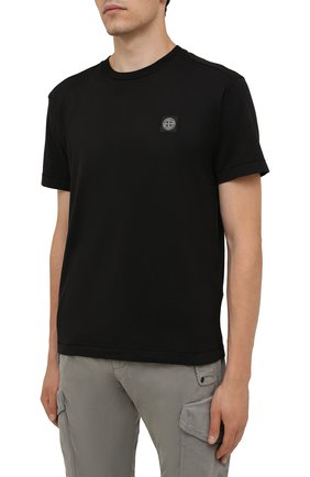 Мужская хлопковая футболка STONE ISLAND черного цвета, арт. 751524113 | Фото 3 (Принт: Без принта; Рукава: Короткие; Длина (для топов): Стандартные; Материал внешний: Хлопок; Стили: Кэжуэл)