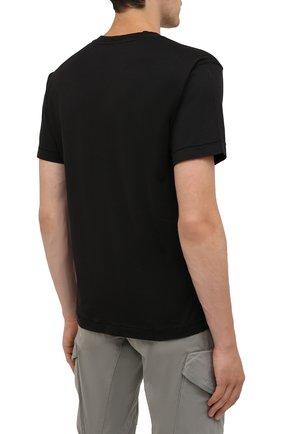 Мужская хлопковая футболка STONE ISLAND черного цвета, арт. 751524113 | Фото 4 (Принт: Без принта; Рукава: Короткие; Длина (для топов): Стандартные; Материал внешний: Хлопок; Стили: Кэжуэл)