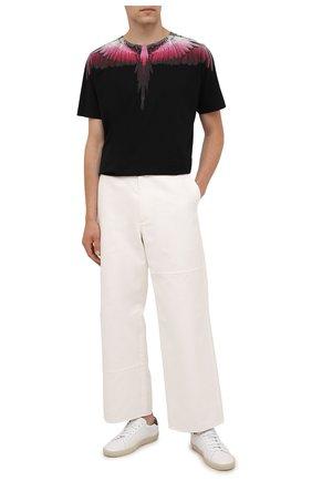 Мужская хлопковая футболка MARCELO BURLON черного цвета, арт. CMAA018F21JER001 | Фото 2 (Материал внешний: Хлопок; Рукава: Короткие; Длина (для топов): Стандартные; Стили: Кэжуэл; Принт: С принтом)