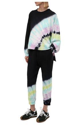 Женские хлопковые джоггеры ELECTRIC&ROSE черного цвета, арт. LFBT14-BEAM | Фото 2 (Материал внешний: Хлопок; Длина (брюки, джинсы): Стандартные; Женское Кросс-КТ: Джоггеры - брюки, Брюки-спорт; Стили: Спорт-шик; Силуэт Ж (брюки и джинсы): Джоггеры)