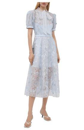 Женское платье SELF-PORTRAIT голубого цвета, арт. PF21-089 | Фото 2