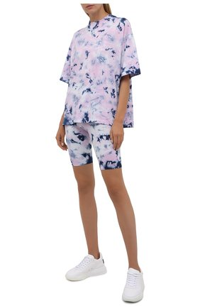 Женская хлопковая футболка ELECTRIC&ROSE разноцветного цвета, арт. LFTP24-EPIC | Фото 2 (Рукава: 3/4; Длина (для топов): Стандартные; Материал внешний: Хлопок; Стили: Спорт-шик; Женское Кросс-КТ: Футболка-одежда; Принт: С принтом)