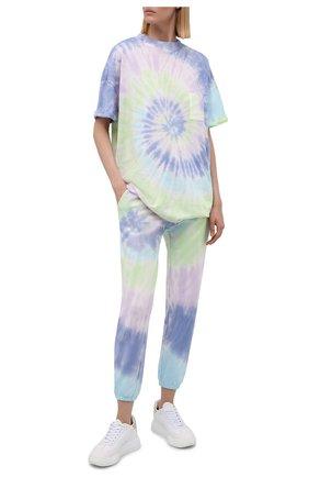 Женские хлопковые джоггеры ELECTRIC&ROSE разноцветного цвета, арт. LFBT08-AURA | Фото 2 (Длина (брюки, джинсы): Стандартные; Материал внешний: Хлопок; Женское Кросс-КТ: Джоггеры - брюки, Брюки-спорт; Стили: Спорт-шик; Силуэт Ж (брюки и джинсы): Джоггеры)