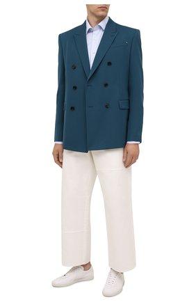 Мужская хлопковая сорочка CANALI голубого цвета, арт. NX05/GR02333 | Фото 2 (Длина (для топов): Стандартные; Рукава: Длинные; Материал внешний: Хлопок; Случай: Формальный; Рубашки М: Regular Fit; Стили: Классический; Манжеты: На пуговицах; Воротник: Акула; Принт: Однотонные)