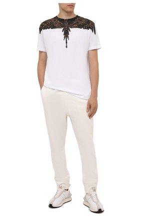 Мужская хлопковая футболка MARCELO BURLON белого цвета, арт. CMAA018F21JER002 | Фото 2 (Длина (для топов): Стандартные; Материал внешний: Хлопок; Рукава: Короткие; Стили: Кэжуэл; Принт: С принтом)
