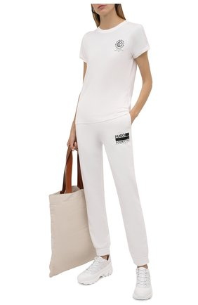 Женская хлопковая футболка HUGO белого цвета, арт. 50460375 | Фото 2