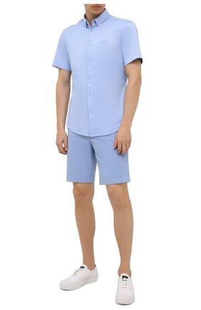 Мужская хлопковая рубашка BOSS голубого цвета, арт. 50452428 | Фото 2 (Материал внешний: Хлопок; Длина (для топов): Стандартные; Рукава: Короткие; Случай: Повседневный; Принт: Однотонные; Стили: Кэжуэл; Воротник: Button down)
