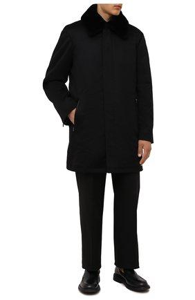 Мужской кашемировое пальто с меховой отделкой ZILLI черного цвета, арт. MAW-TIMBU-03001/0001 | Фото 2 (Материал внешний: Шерсть, Кашемир; Материал подклада: Шелк; Мужское Кросс-КТ: пальто-верхняя одежда; Длина (верхняя одежда): До середины бедра; Рукава: Длинные; Стили: Классический)