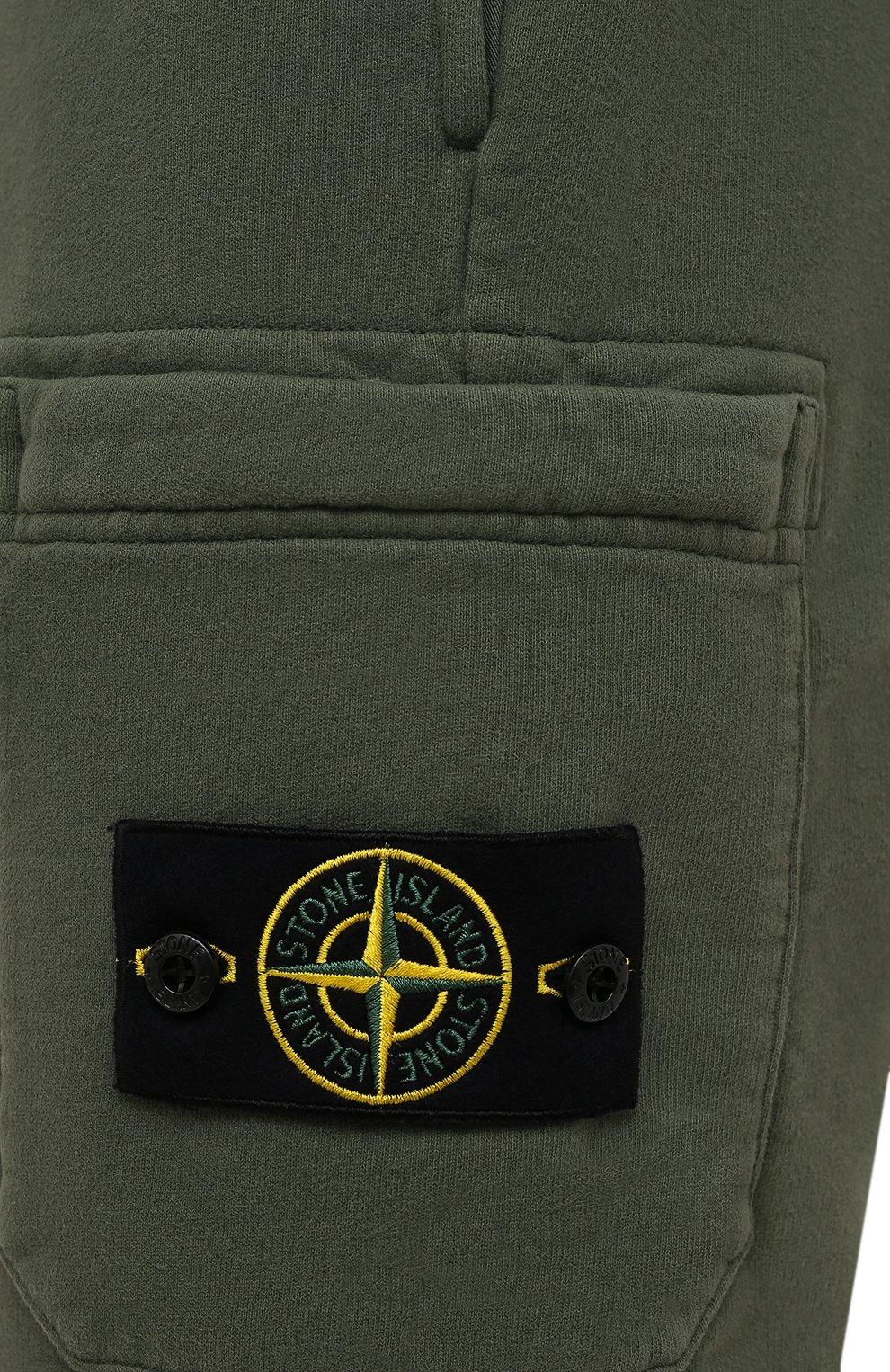 Мужские хлопковые шорты STONE ISLAND хаки цвета, арт. 751564620 | Фото 5 (Длина Шорты М: До колена; Принт: Без принта; Кросс-КТ: Трикотаж; Стили: Милитари; Материал внешний: Хлопок)