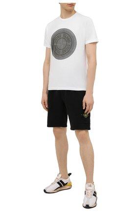 Мужские хлопковые шорты STONE ISLAND черного цвета, арт. 751564620 | Фото 2
