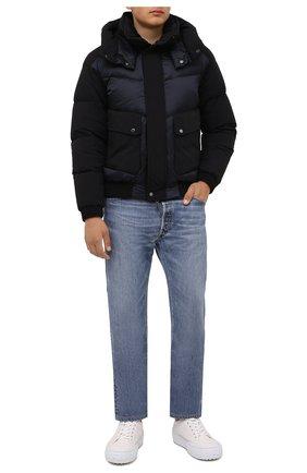 Мужской пуховый бомбер roberto-shk MOORER темно-синего цвета, арт. R0BERT0-SHK/M0UB0100091-TEPA206 | Фото 2 (Рукава: Длинные; Материал утеплителя: Пух и перо; Длина (верхняя одежда): Короткие; Материал внешний: Синтетический материал; Материал подклада: Синтетический материал; Кросс-КТ: Куртка; Мужское Кросс-КТ: пуховик-короткий; Принт: Без принта; Стили: Кэжуэл)