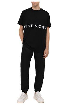 Мужская хлопковая футболка GIVENCHY черного цвета, арт. BM71543Y6B | Фото 2 (Длина (для топов): Стандартные; Рукава: Короткие; Материал внешний: Хлопок; Принт: С принтом; Стили: Минимализм)