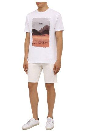 Мужская хлопковая футболка BOSS белого цвета, арт. 50453656 | Фото 2 (Материал внешний: Хлопок; Принт: С принтом; Рукава: Короткие; Стили: Кэжуэл; Длина (для топов): Стандартные)