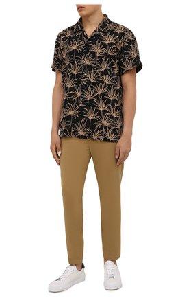 Мужские хлопковые брюки BOSS бежевого цвета, арт. 50442037   Фото 2 (Материал внешний: Хлопок; Длина (брюки, джинсы): Стандартные; Случай: Повседневный; Силуэт М (брюки): Чиносы; Стили: Кэжуэл)