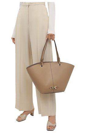 Женский сумка-тоут izzy medium MICHAEL MICHAEL KORS бежевого цвета, арт. 30T1LZYT8L | Фото 2