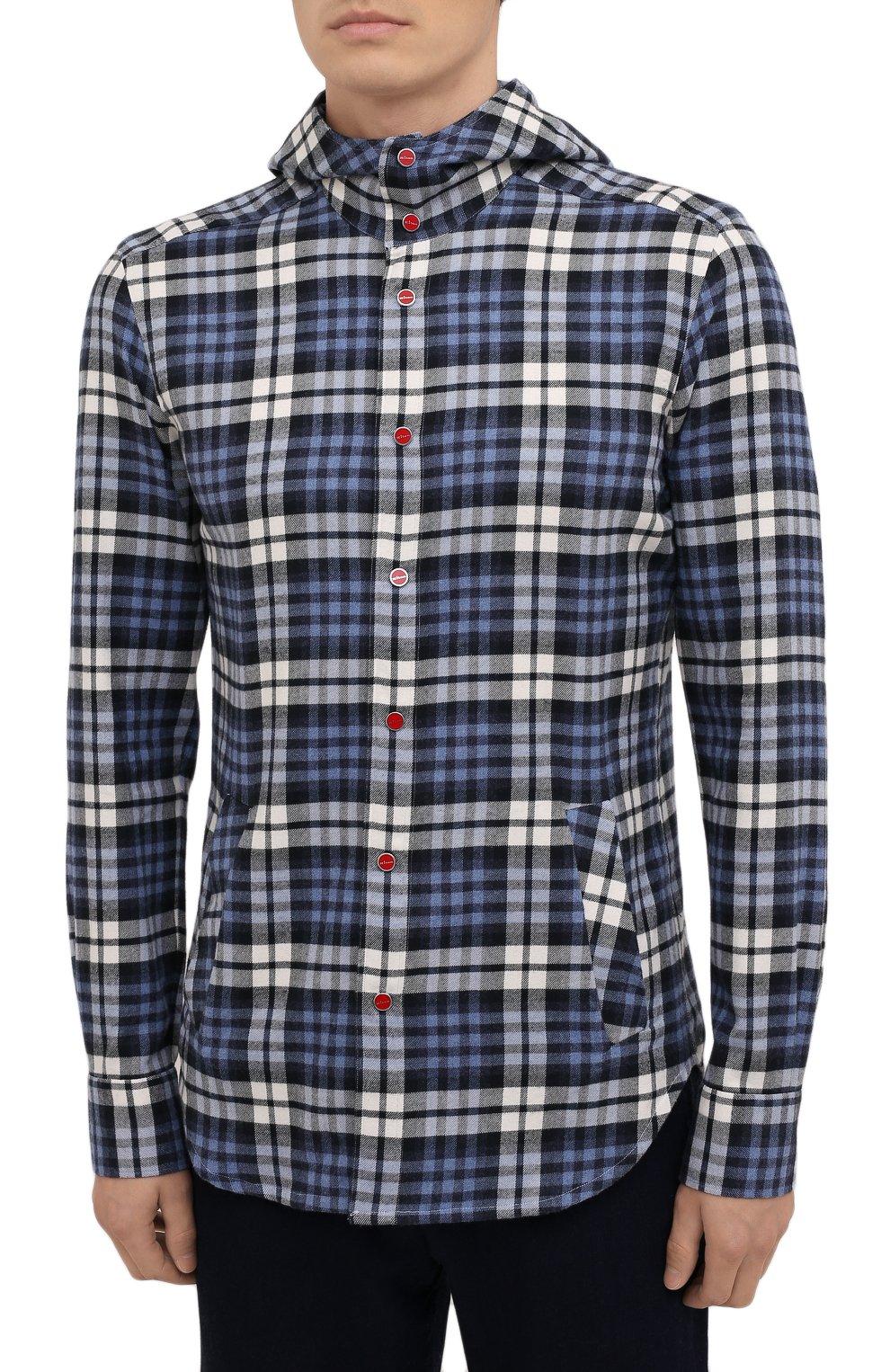 Мужская хлопковая рубашка KITON синего цвета, арт. UMCMARH0786907   Фото 3 (Принт: Клетка; Воротник: С капюшоном; Рукава: Длинные; Рубашки М: Regular Fit; Манжеты: На кнопках; Случай: Повседневный; Длина (для топов): Стандартные; Материал внешний: Хлопок; Стили: Кэжуэл)