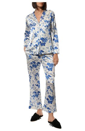 Женская шелковая пижама YOLKE светло-голубого цвета, арт. AW21-02S-WAL-BL   Фото 2