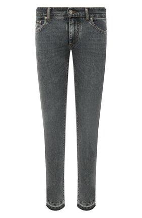 Мужские джинсы DOLCE & GABBANA серого цвета, арт. GY07LD/G8EG7 | Фото 1 (Длина (брюки, джинсы): Стандартные; Материал внешний: Хлопок; Кросс-КТ: Деним; Силуэт М (брюки): Узкие; Стили: Кэжуэл; Детали: Потертости)