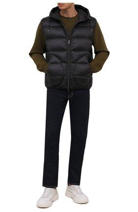 Мужской пуховый жилет RALPH LAUREN черного цвета, арт. 790774257 | Фото 2 (Материал подклада: Синтетический материал; Длина (верхняя одежда): Короткие; Материал утеплителя: Пух и перо; Материал внешний: Синтетический материал; Кросс-КТ: Куртка, Пуховик; Стили: Кэжуэл)