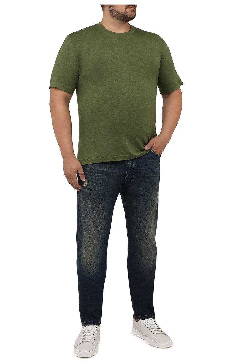 Мужские джинсы CORTIGIANI синего цвета, арт. 213532/S409/0000/3020/60-70   Фото 2 (Big sizes: Big Sizes; Силуэт М (брюки): Прямые; Кросс-КТ: Деним; Длина (брюки, джинсы): Стандартные; Материал внешний: Хлопок; Детали: Потертости; Стили: Кэжуэл)