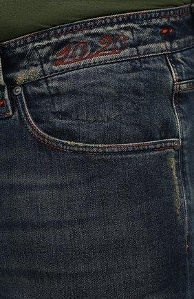 Мужские джинсы CORTIGIANI синего цвета, арт. 213532/S409/0000/3020/60-70   Фото 5 (Big sizes: Big Sizes; Силуэт М (брюки): Прямые; Кросс-КТ: Деним; Длина (брюки, джинсы): Стандартные; Материал внешний: Хлопок; Детали: Потертости; Стили: Кэжуэл)