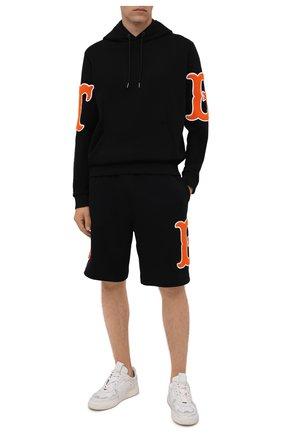 Мужские хлопковые шорты BURBERRY черного цвета, арт. 8042700 | Фото 2