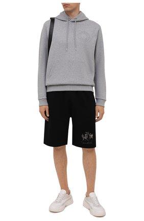 Мужские хлопковые шорты BURBERRY черного цвета, арт. 8042690 | Фото 2