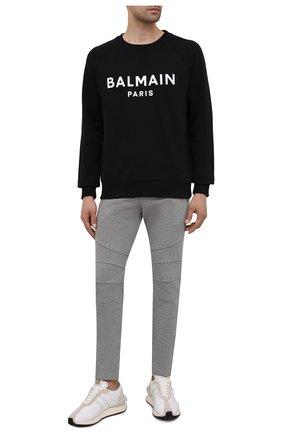 Мужские хлопковые брюки BALMAIN серого цвета, арт. WH10B028/B130   Фото 2