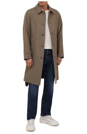 Мужской пальто из шелка и шерсти RALPH LAUREN бежевого цвета, арт. 798845345 | Фото 2 (Длина (верхняя одежда): До колена; Материал внешний: Шелк; Материал подклада: Хлопок; Рукава: Длинные; Мужское Кросс-КТ: пальто-верхняя одежда; Стили: Кэжуэл)