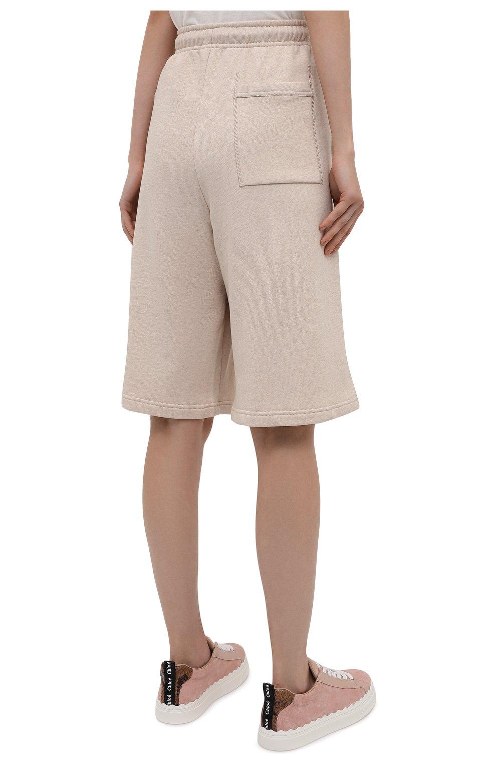Женские хлопковые шорты ACNE STUDIOS светло-бежевого цвета, арт. CE0015/W | Фото 4 (Женское Кросс-КТ: Шорты-одежда; Кросс-КТ: Трикотаж; Материал внешний: Хлопок; Стили: Спорт-шик; Длина Ж (юбки, платья, шорты): Миди)