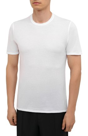 Мужская хлопковая футболка FEDELI белого цвета, арт. 4UEF0113 | Фото 3 (Принт: Без принта; Рукава: Короткие; Длина (для топов): Стандартные; Материал внешний: Хлопок; Стили: Кэжуэл)